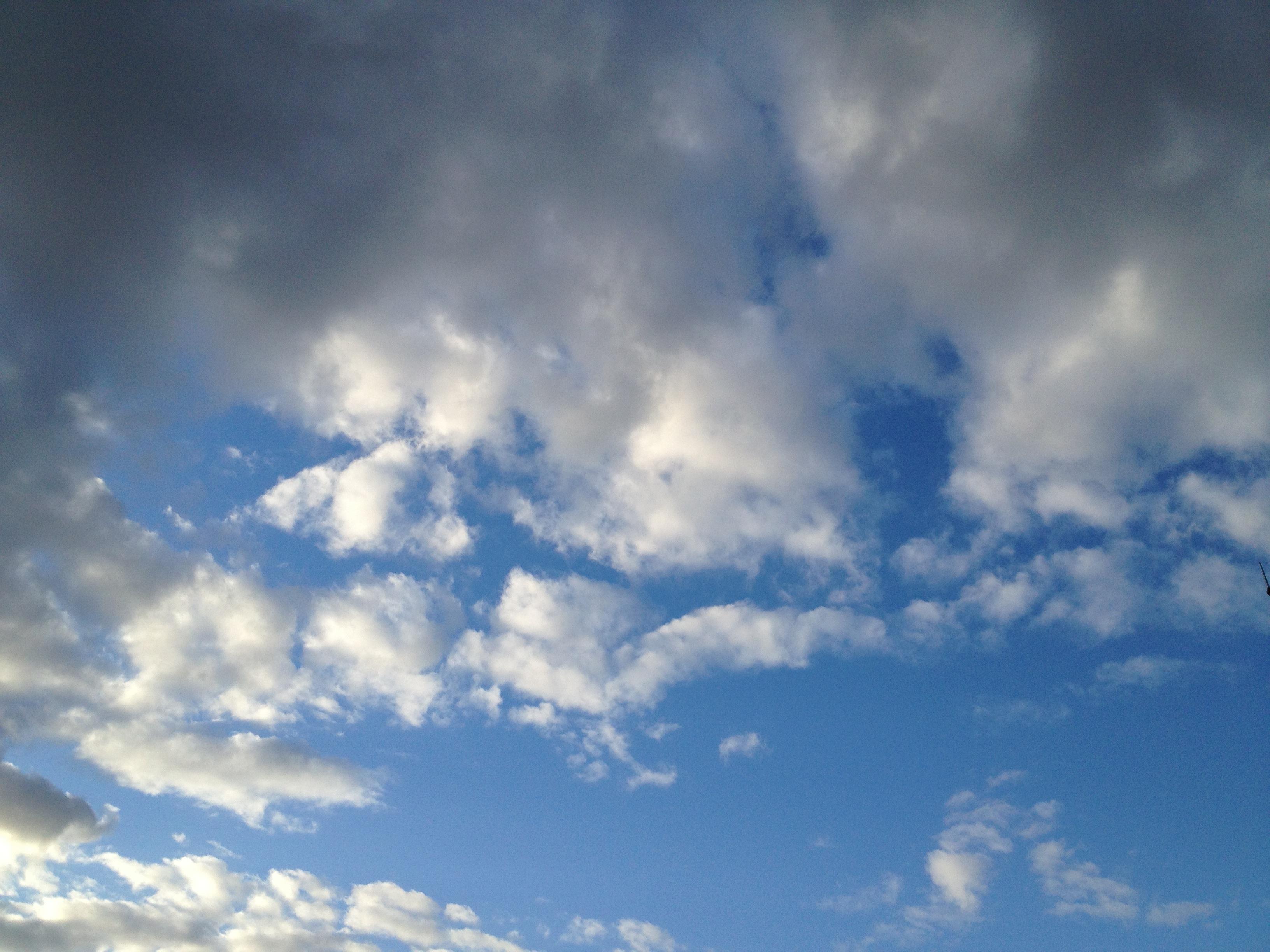 いろんな雲を眺める