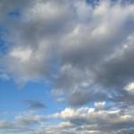 薄く広がる雲